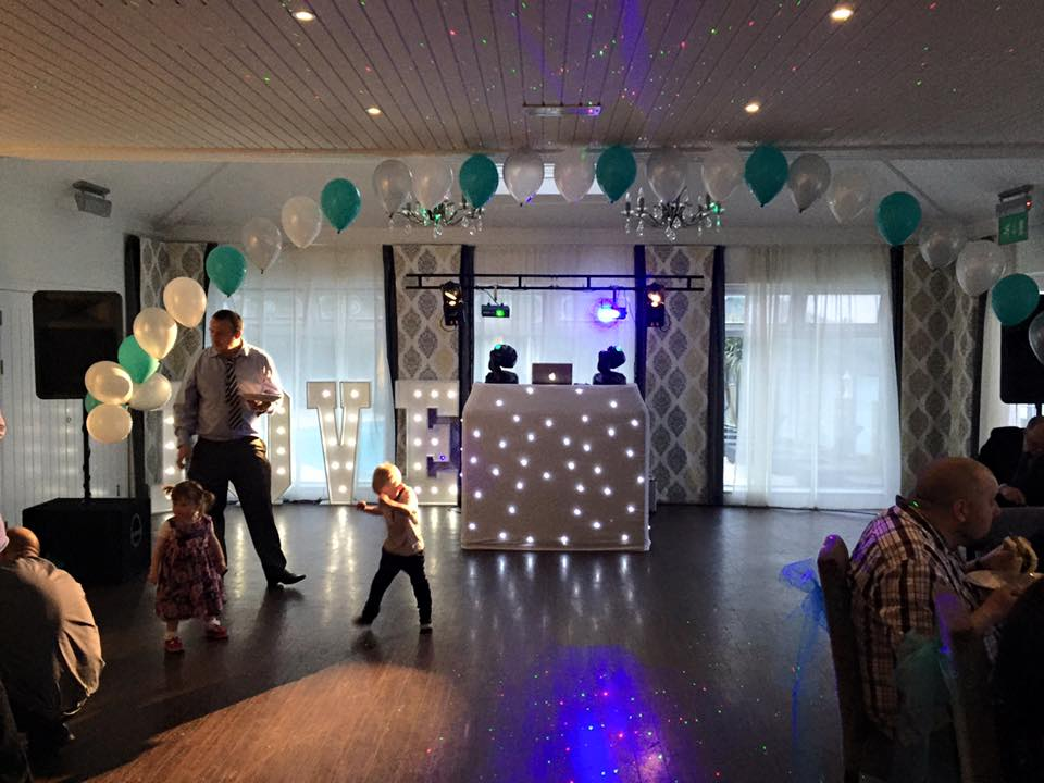 Looking to hire a mobile DJ in Cornwall ?